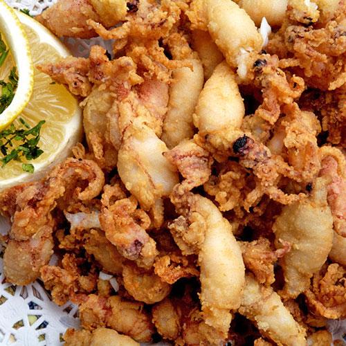 Chopitos. <p> Жареные кальмары.