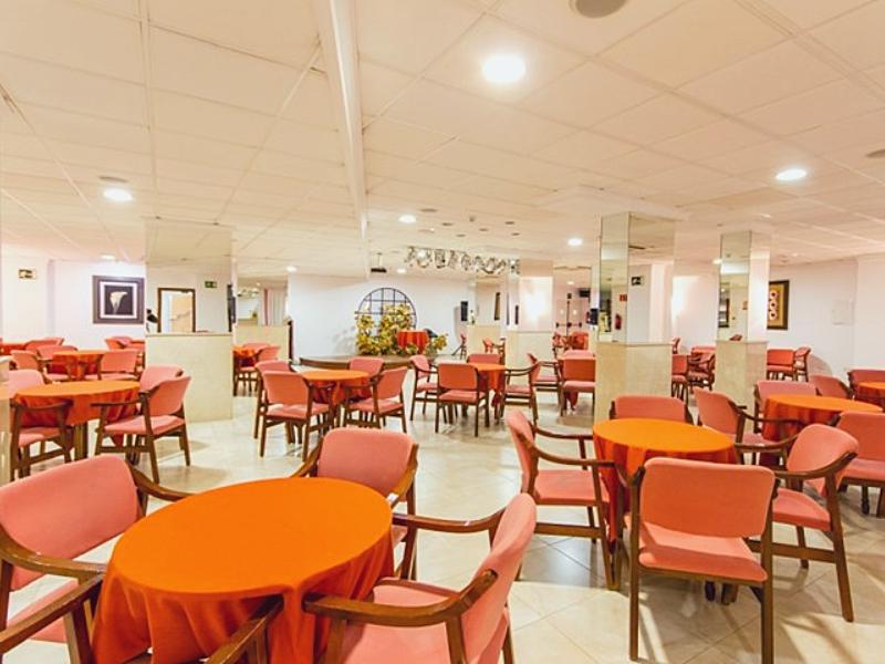 Ресторан отеля Port Denia