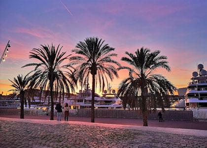 Вечер у пляжа Сант-Себастиа