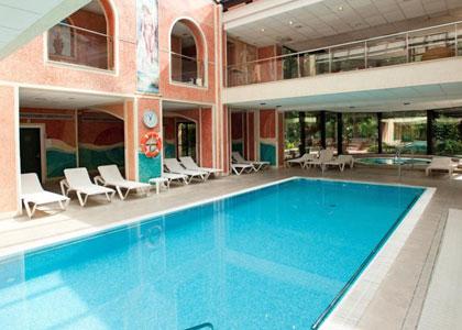 Бассейн в Hotel Termes Montbrió