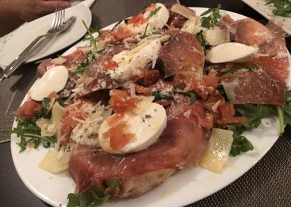Блюдо в ресторане Plazale