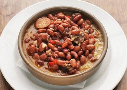 Фасолевый суп в ресторане La Brasa