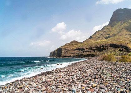 Галечный пляж на Тенерифе