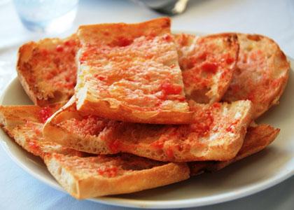 Pa amb Tomaquèt (Хлеб с помидорами)