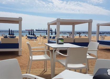 Кафе на пляже Лас-Тереситас
