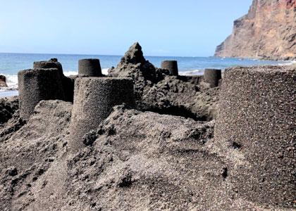 Крепость из песка на Playa del Ingles