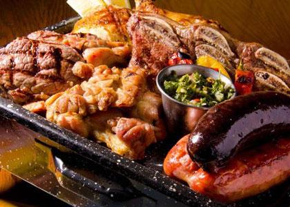 Мясное ассорти в ресторане Parilla Argentina Gardel