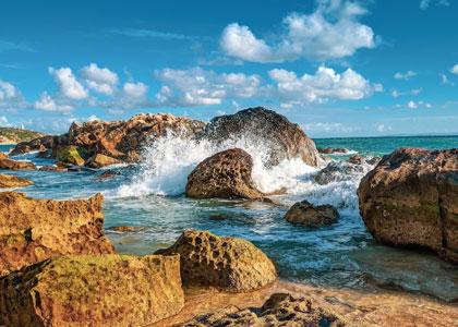 На пляже Захара-де-лос-Атунес