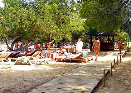 Около пляжа Кала-Басса