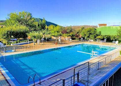 Открытый бассейн в Balneario de Fitero