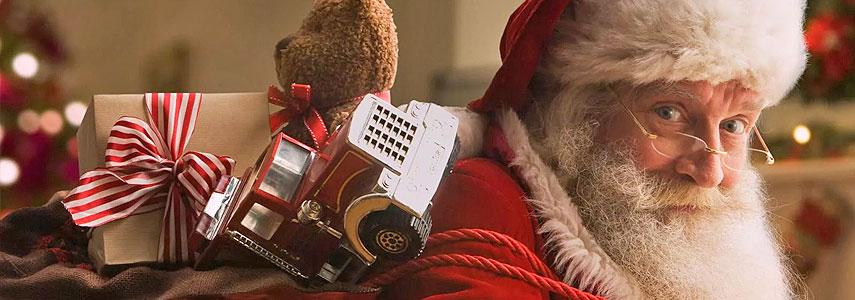 Папа Ноэль с подарками Новый год