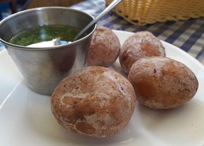 Печеный картофель в ресторане El Puntero