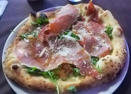 Пицца в Pizzeria Fuoco&Pizza