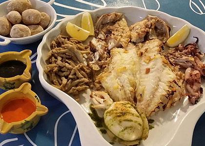 Рыба в ресторане La Taberna del Mar
