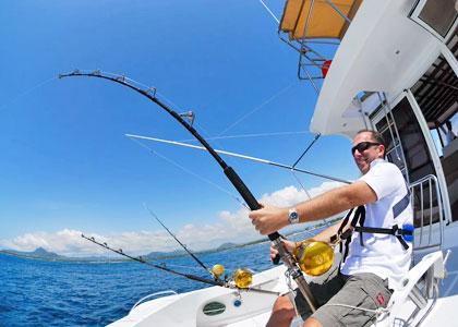 Рыбалка с катера дрифтингом