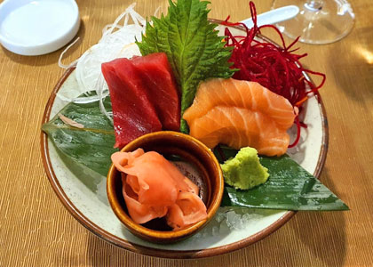 Сашими из рыбы в ресторане Kazan