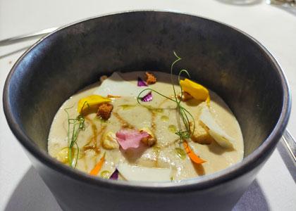 Суп в ресторане Casa Fito