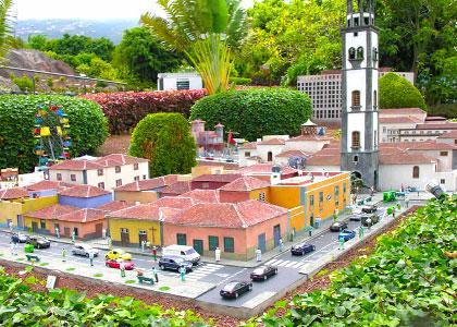 В парке миниатюр «Пуэбло Чико»