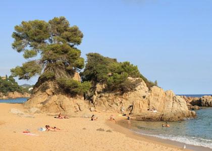 Вид на пляже Санта-Кристина
