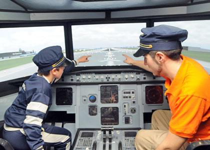 Юный пилот в центре Micropolix