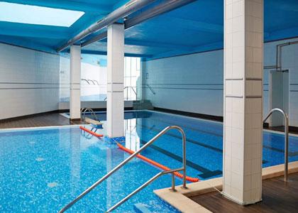Закрытый бассейн в Balneario de Cestona