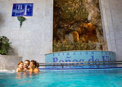 Закрытый бассейн в Balneario de Fitero