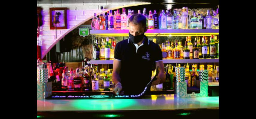 Открытие 5ти баров в Ситжисе