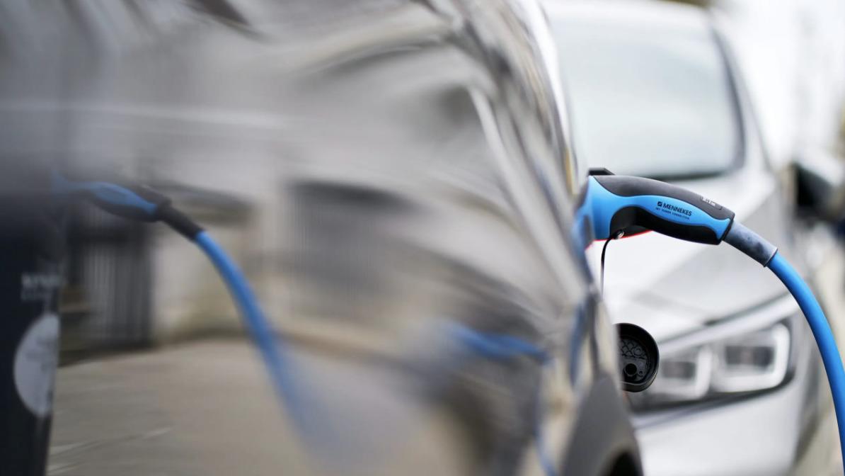 электро автомобиль