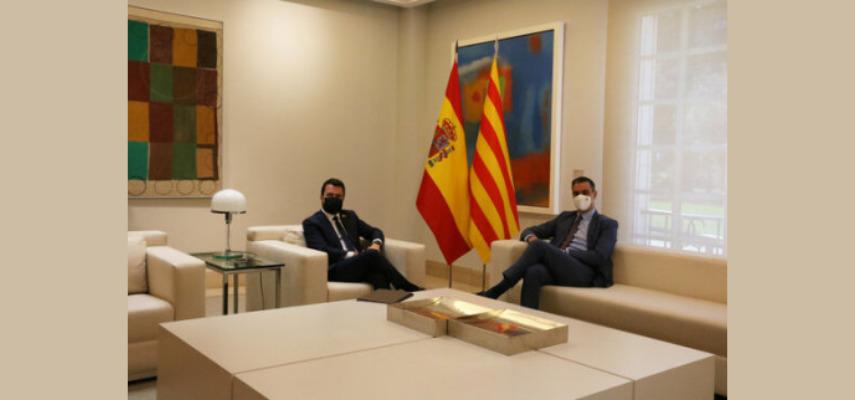 Санчес и Арагонес согласились возобновить диалог в сентябре