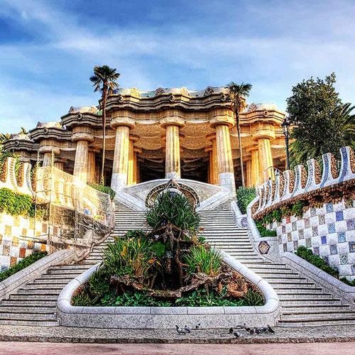 """Парк """"Гуэль"""" в Барселоне"""