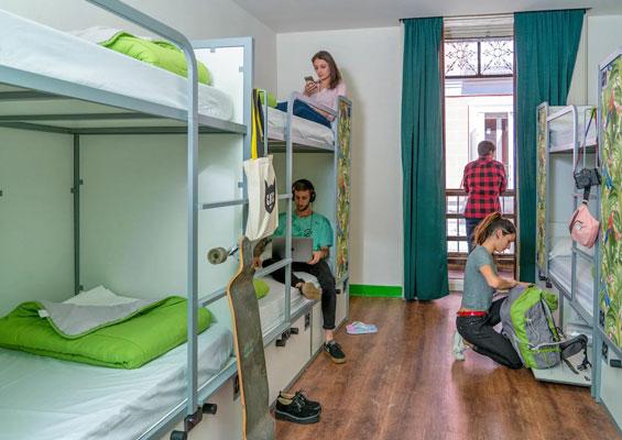 Проживание в испанском хостеле