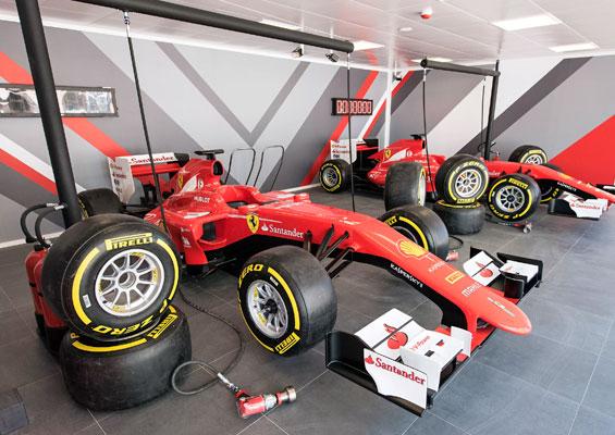 В парке Ferrari Land