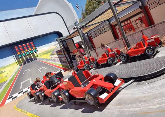 В парке развлечений Ferrari Land