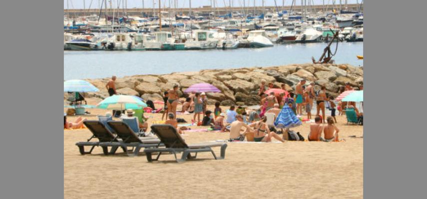 Франция советует гражданам не ездить в Испанию и Португалию