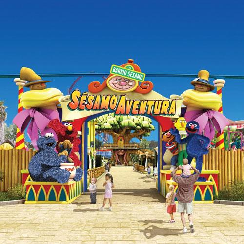 <p>Sésamo Aventura<p>Для маленьких гостей создан искусственный пляж с кораблем пиратов, разными горками и популярными героями из телевизионной передачи «Улица Сезам». В Sésamo Aventura работает 11 аттракционов.