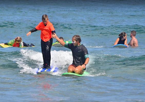 Обучение серфингу в El Medio