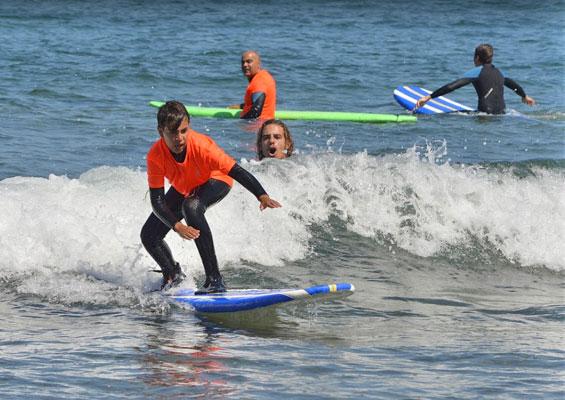 Освоение серфинга в El Medio