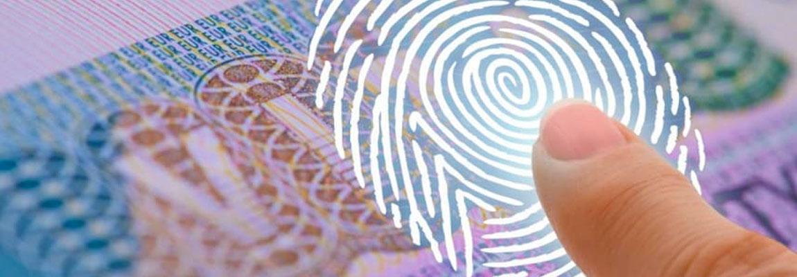 Прохождение сдачи отпечатков пальцев для получения визы