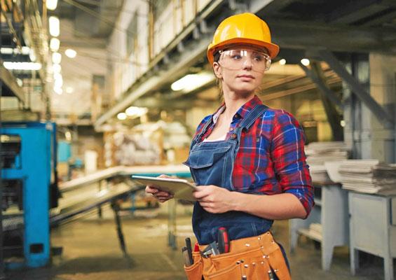 ВНЖ с правом на работу для женщин