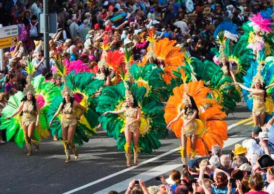 Знаменитый Кадисский карнавал