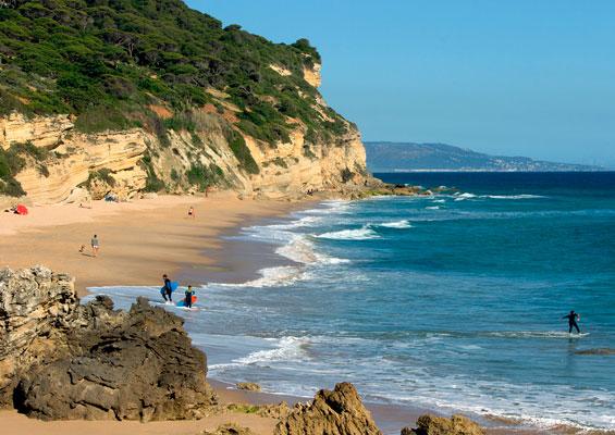 Пляж около деревни Лос-Каньос-де-Мека