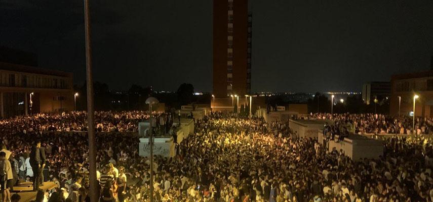 В Мадриде около 25 000 студентов отпраздновали начало учебного года с botellón