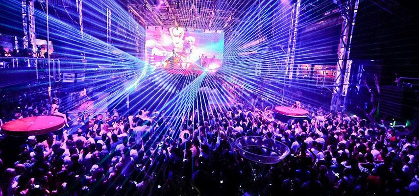 Сектор ночной жизни в Валенсии требует открытия танцполов на 75% и продления часов работы до 5 утра