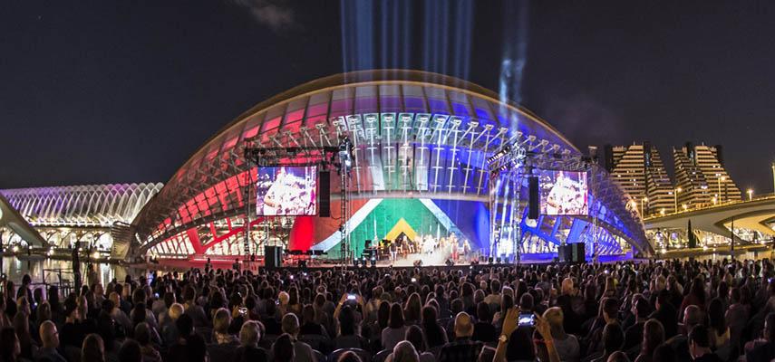 В Валенсии может потребоваться предъявить паспорта Covid для посещения музыкальных фестивалей