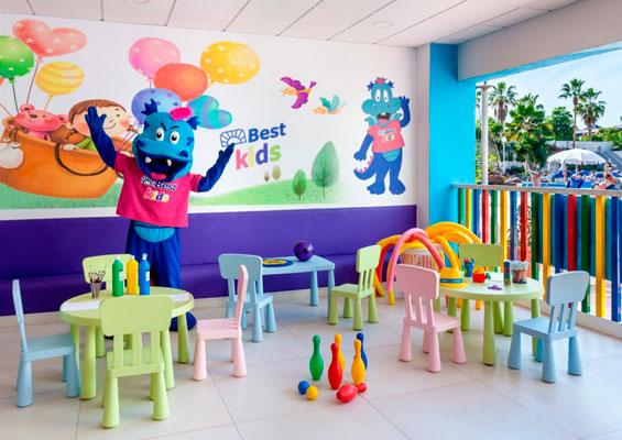 Детская комната в гостинице Best Tenerife