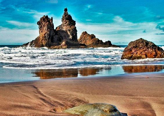Красивый пляж Бенихо