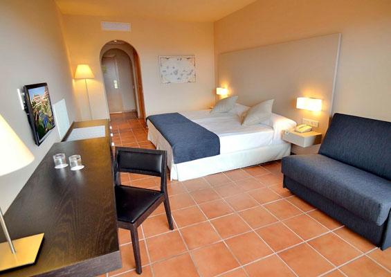 Номер в Hotel Best Jacaranda