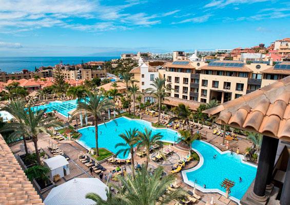 Вид на отель Costa Adeje Gran