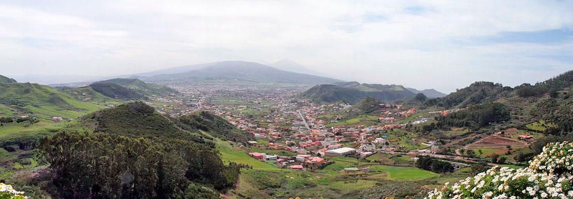 Вид с площадки Mirador Cruz del Carmen