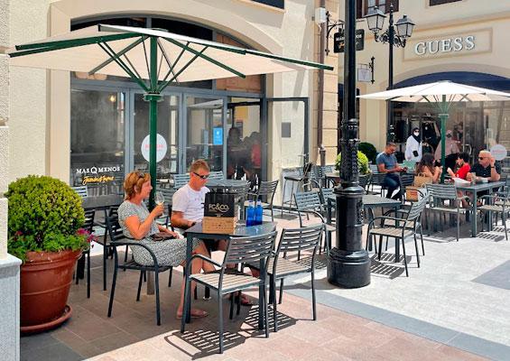 Кафе в Malaga Designer Outlet
